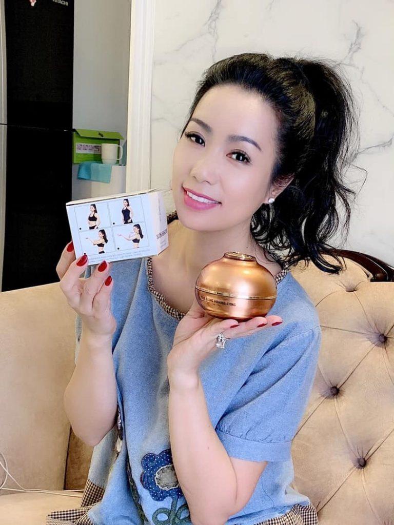 Nghệ sĩ Kim Chi cùng Cao Gừng Hoàng Cung